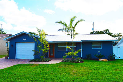 North Palm Beach Single Family Home For Sale: 1650 Pleasant Drive