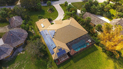 Jensen Beach Single Family Home For Sale: 4041 NE Sugarhill Avenue