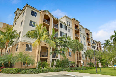Boynton Beach Condo For Sale: 1690 Renaissance Commons Boulevard #1420