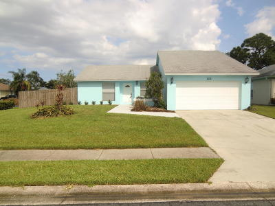 Jupiter Single Family Home For Sale: 122 Arrowhead Circle
