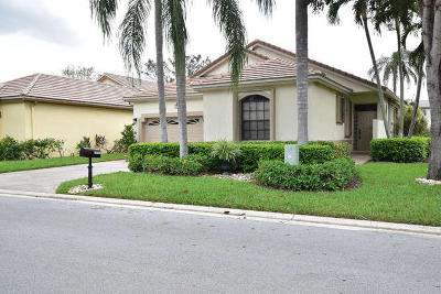 Boynton Beach Single Family Home For Sale: 10103 Lexington Circle