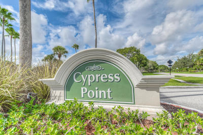 Palm Beach Gardens FL Condo For Sale: $108,000