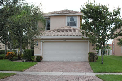 Royal Palm Beach Single Family Home For Sale: 577 Peppergrass Run