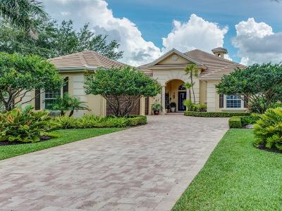 Hobe Sound Single Family Home For Sale: 9804 SE Sandpine Lane