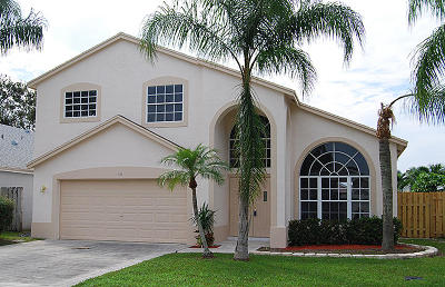 West Palm Beach Single Family Home For Sale: 108 Belmont Drive