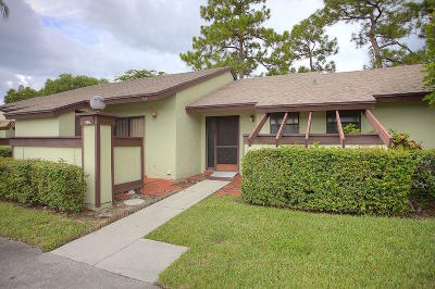 Royal Palm Beach Single Family Home For Sale: 386 Oxen Hill Court #386