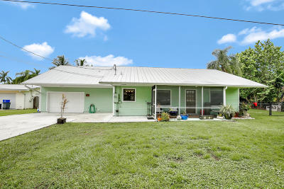 Palm City Single Family Home For Sale: 2567 SW Reilley Avenue