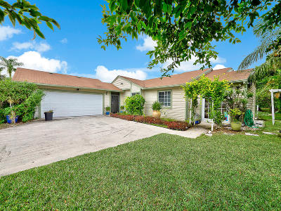 Jupiter Single Family Home For Sale: 18246 Jupiter Landings Drive