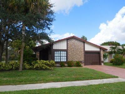 Boca Raton Single Family Home Contingent: 19653 Back Nine Drive