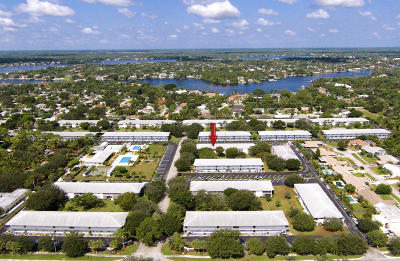 Tequesta Condo Contingent: 11 Westwood Avenue #203a