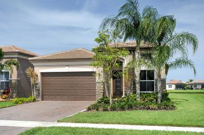 Delray Beach Single Family Home For Sale: 14795 Rapola Drive