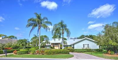Stuart Single Family Home Contingent: 6940 SE Winged Foot Drive