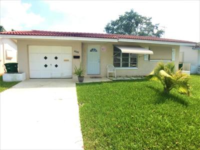 Tamarac Single Family Home For Sale: 5712 NW 66th Av