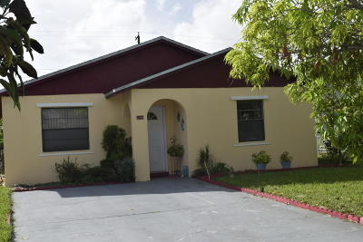 Palm Springs Single Family Home For Sale: 3723 Riedel Avenue