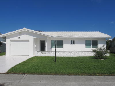 Boynton Beach Single Family Home For Sale: 2102 SW 14th Place
