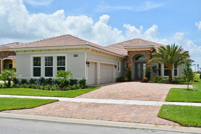 Port Saint Lucie Single Family Home For Sale: 20009 SW Morolo Way