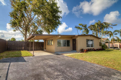 West Palm Beach Single Family Home For Sale: 5580 Balfrey Drive