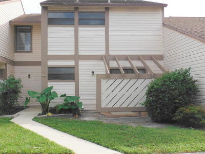 Jupiter Townhouse For Sale: 114 Sherwood Circle #6b