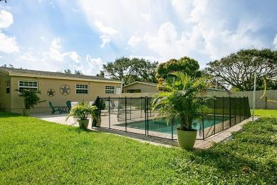 Delray Beach Single Family Home For Sale: 1638 NE 3rd Avenue