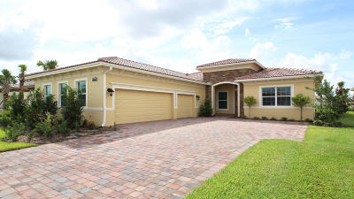 Port Saint Lucie Single Family Home For Sale: 20011 SW Morolo Way