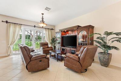 Boynton Beach Single Family Home For Sale: 8057 Emerald Winds Circle