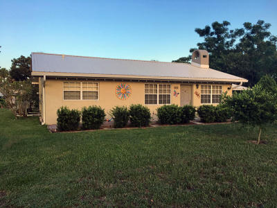 Okeechobee Single Family Home For Sale: 9565 SW Adams Street
