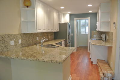 Townhouse For Sale: 442 Capistrano