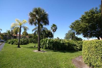 Boca Cove Condo For Sale: 9521 Boca Cove Circle #504