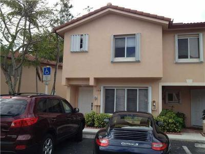 Weston Townhouse For Sale: 164 Riviera Circle