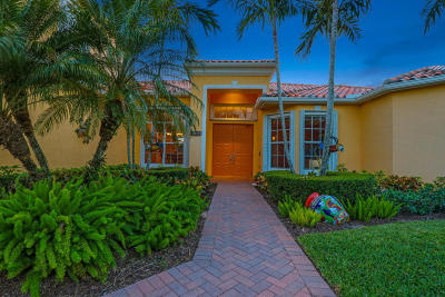 Hobe Sound Single Family Home For Sale: 9834 SE Crape Myrtle Court