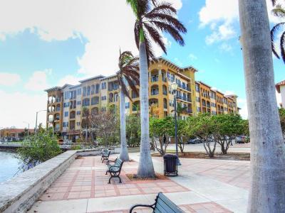 Fort Pierce Condo For Sale: 20 Orange Avenue #Ph3
