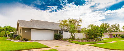 Delray Beach Single Family Home For Sale: 6370 Hitchin Post Way