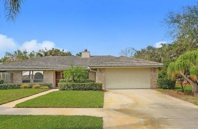 Tequesta Single Family Home For Sale: 37 Hickory Hill Road