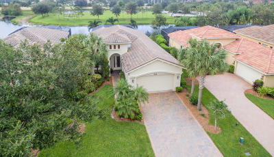 Port Saint Lucie Single Family Home For Sale: 9028 Champions Way