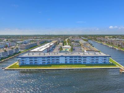North Palm Beach Condo For Sale: 100 Shore Court #309