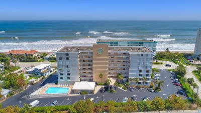 Juno Beach Condo For Sale: 911 Ocean Drive #301