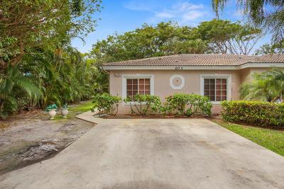Hypoluxo Single Family Home For Sale: 20 S Lakeshore Drive #C