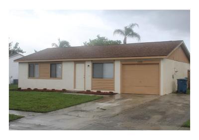 Royal Palm Beach Single Family Home Contingent: 1385 Ryan Lane