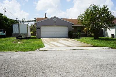 Stuart Single Family Home Contingent: 5974 SE Mitzi Lane