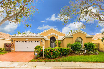 Palm Beach Gardens Single Family Home Contingent: 1077 E Siena Oaks Circle E