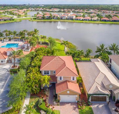 Palm Beach Gardens Single Family Home For Sale: 12496 Aviles Circle