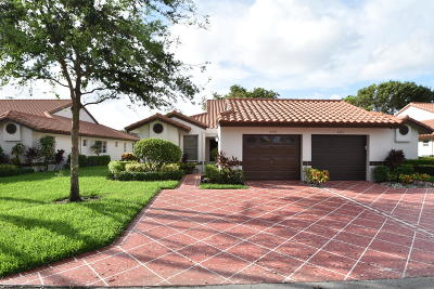 Delray Beach Single Family Home For Sale: 6427 Pointe Pleasant Circle