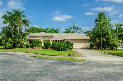 Delray Beach Single Family Home For Sale: 2305 Riviera Drive