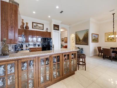 Delray Beach Single Family Home For Sale: 9817 Isles Cay Drive