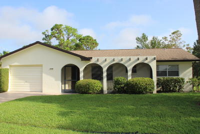 Port Saint Lucie Single Family Home Contingent: 2105 SE Dolphin Road