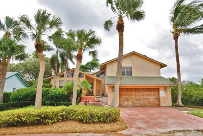Tequesta Single Family Home For Sale: 9248 SE Island Place