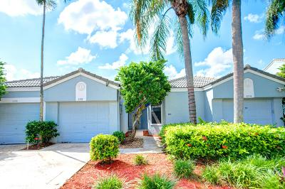 Tamarac Single Family Home For Sale: 8352 Waterford Avenue