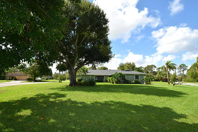 Stuart Single Family Home For Sale: 1654 SW 85th Terrace