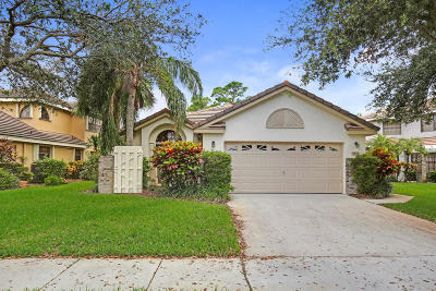 Delray Beach Single Family Home For Sale: 4325 Sherwood Forest Drive