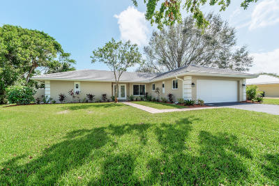 Stuart Single Family Home For Sale: 3874 SE Fairway E